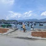 Six Senses Ninh Van Bayのboat transferとは? 何と船でホテルへ移動しますよ。子供は大喜びでした。