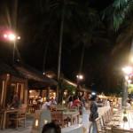 """雰囲気の良いニャチャンビーチのレストラン/ザ・セイリング・クラブ """"Sailing Club"""""""
