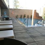 ホテル ノボテルニャチャン(Hotel Novotel Nha Trang)のプールで子供と遊んできました。