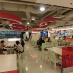 クラークキー周辺のフードコート (Courts Funan Digitalife Mall/シンガポール)